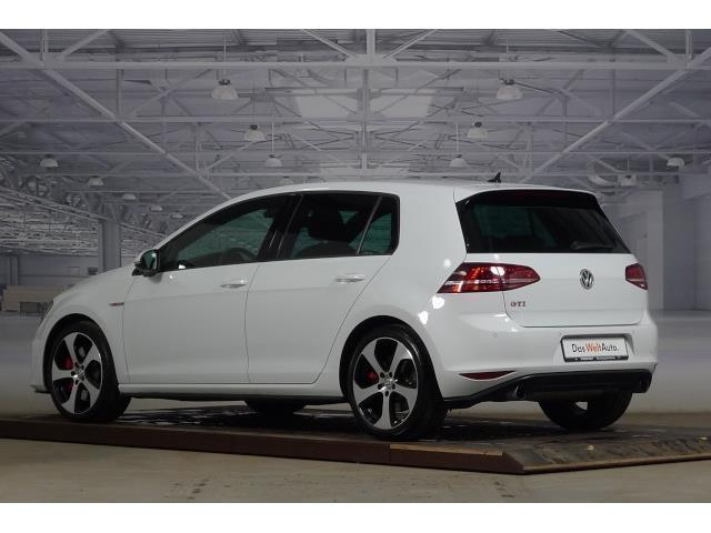 verkauft vw golf vii 2 0 tsi gti perfo gebraucht 2015. Black Bedroom Furniture Sets. Home Design Ideas