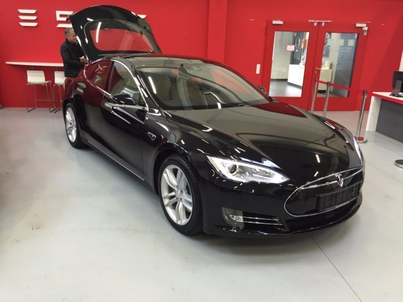verkauft tesla model s 85 d einschl s gebraucht 2016. Black Bedroom Furniture Sets. Home Design Ideas