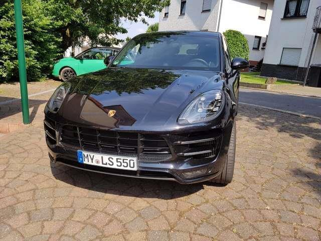 verkauft porsche macan turbo pdk gebraucht 2016 km in ochtendung. Black Bedroom Furniture Sets. Home Design Ideas