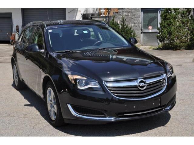 verkauft opel insignia sports tourer 1 gebraucht 2016 km in lalling. Black Bedroom Furniture Sets. Home Design Ideas