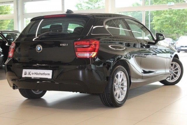 verkauft bmw 116 116i 3 t rer advantag gebraucht 2014 km in celle. Black Bedroom Furniture Sets. Home Design Ideas