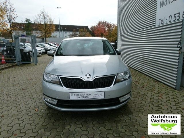 verkauft skoda rapid spaceback 1 4 tsi gebraucht 2016 15 km in calw. Black Bedroom Furniture Sets. Home Design Ideas