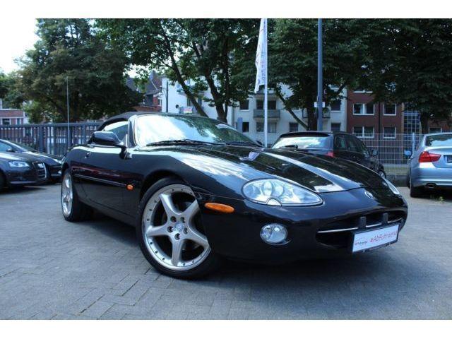 verkauft jaguar xk8 4 0 cabrio wartung gebraucht 2001. Black Bedroom Furniture Sets. Home Design Ideas