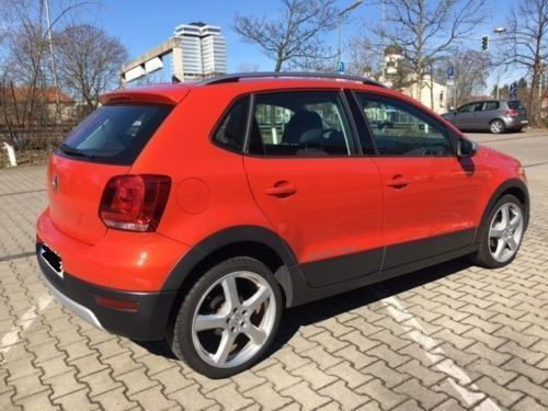 verkauft vw polo cross 1 2 tsi polo gebraucht 2011 km in wilmersdorf. Black Bedroom Furniture Sets. Home Design Ideas
