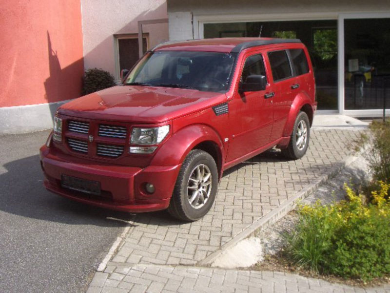 verkauft dodge nitro r t sondermodell gebraucht 2008 km in heppenheim. Black Bedroom Furniture Sets. Home Design Ideas