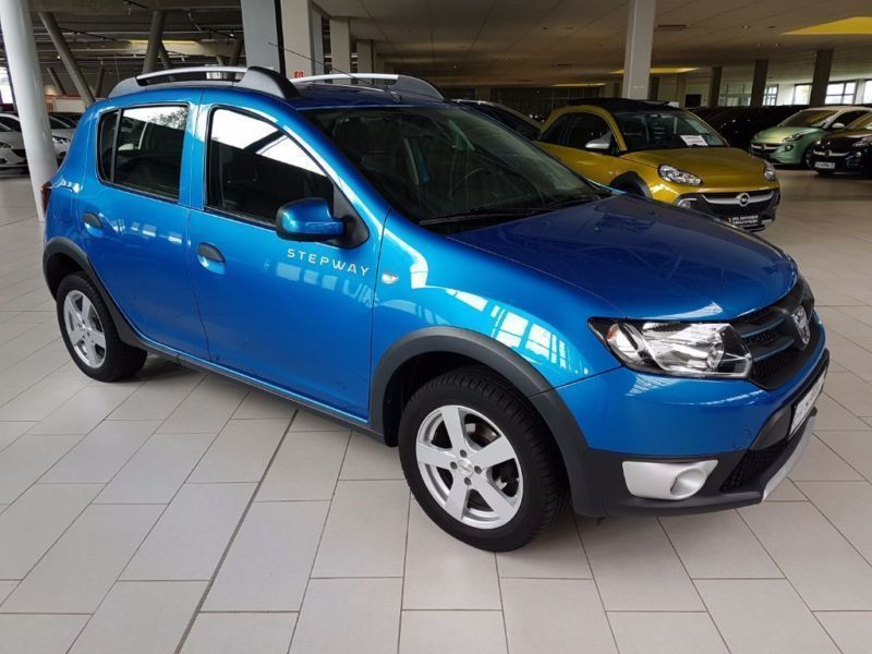 verkauft dacia sandero stepway dci 90 gebraucht 2013 km in wilhelmshaven. Black Bedroom Furniture Sets. Home Design Ideas