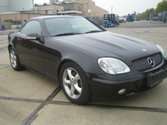verkauft mercedes slk320 slk 320xenon gebraucht 2000 km in berlin. Black Bedroom Furniture Sets. Home Design Ideas