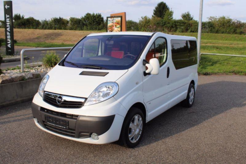 verkauft opel vivaro life cosmo autom gebraucht 2011 km in ostfildern. Black Bedroom Furniture Sets. Home Design Ideas