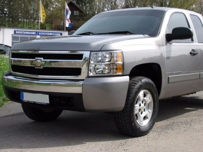 silverado gebrauchte chevrolet silverado kaufen 61. Black Bedroom Furniture Sets. Home Design Ideas