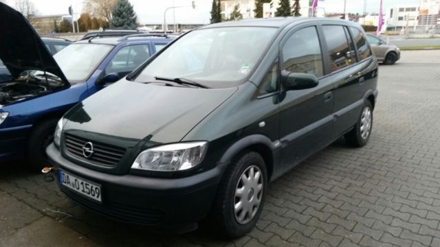verkauft opel zafira 2 2 gebraucht 2003 km in hessen. Black Bedroom Furniture Sets. Home Design Ideas