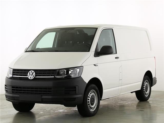 verkauft vw transporter t6kombi langer gebraucht 2016 km in saarbr cken. Black Bedroom Furniture Sets. Home Design Ideas