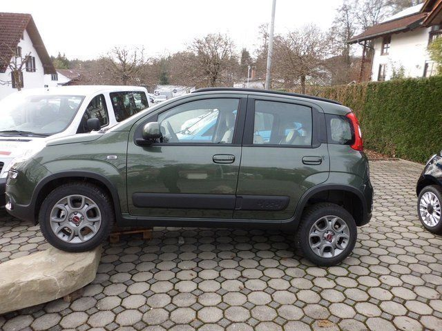 verkauft fiat panda 4x4 4x4 rock allra gebraucht 2015 km in p cking. Black Bedroom Furniture Sets. Home Design Ideas