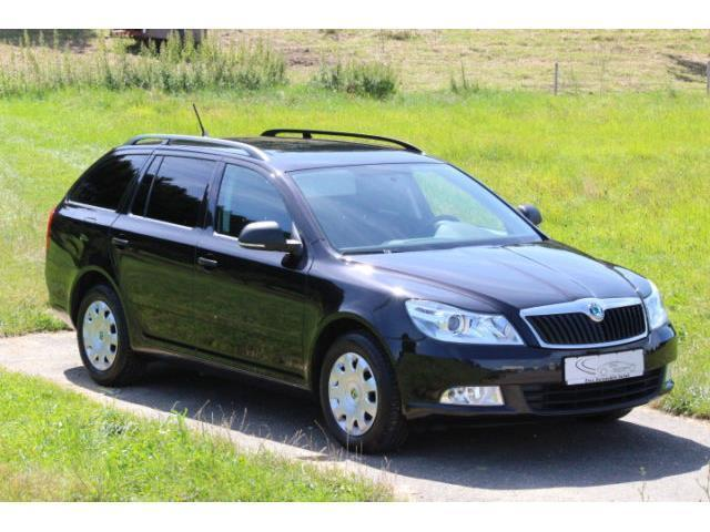 verkauft skoda octavia combi 1 6 tour gebraucht 2012 km in beckdorf. Black Bedroom Furniture Sets. Home Design Ideas