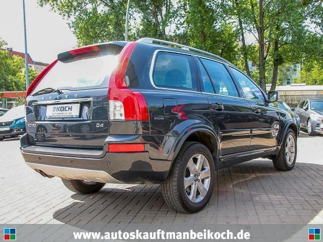 verkauft volvo xc90 d4 geartronic mome gebraucht 2012. Black Bedroom Furniture Sets. Home Design Ideas