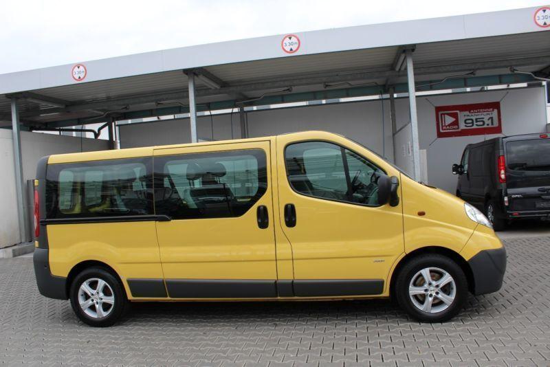 verkauft opel vivaro kombi l2h1 lang k gebraucht 2007 km in frankfurt am main. Black Bedroom Furniture Sets. Home Design Ideas