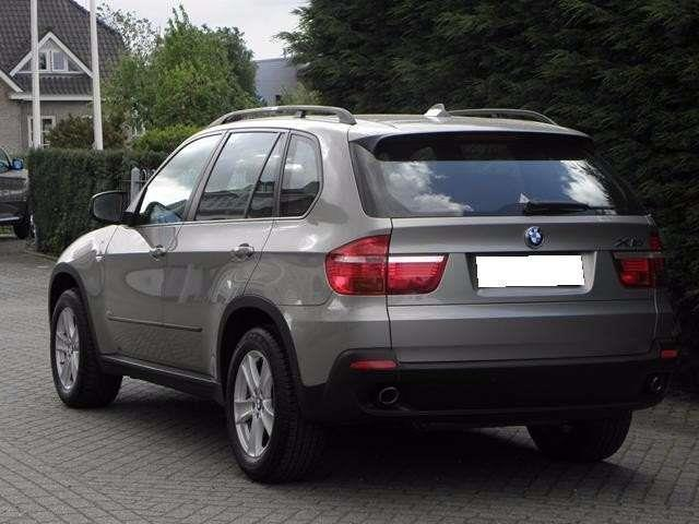 verkauft bmw x5 7 sitzer gebraucht 2007 km in kassel. Black Bedroom Furniture Sets. Home Design Ideas