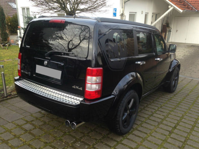 verkauft dodge nitro 3 7 v6 mit edelst gebraucht 2008 km in ochsenhausen. Black Bedroom Furniture Sets. Home Design Ideas