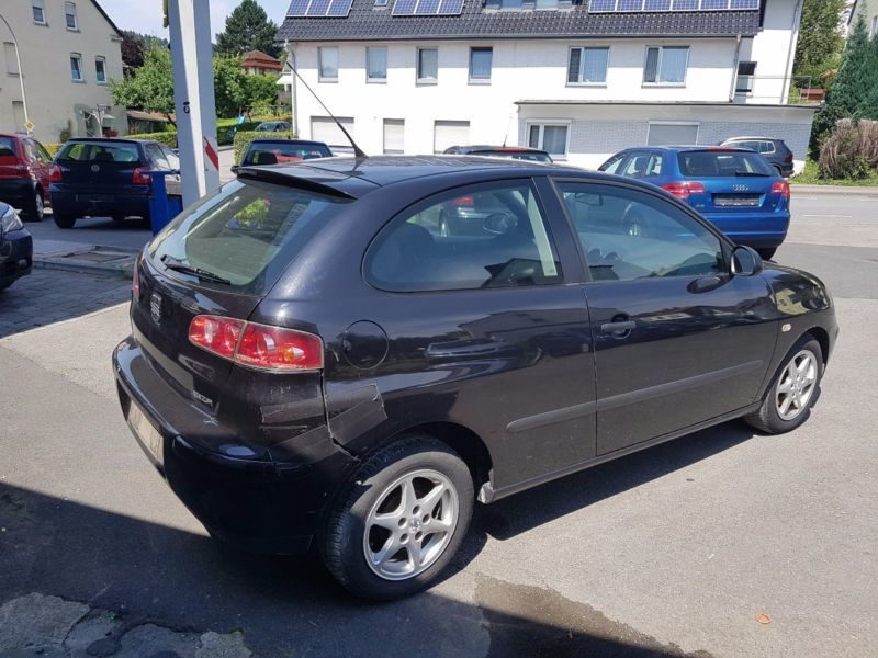 verkauft seat ibiza 1 2 12v gebraucht 2004 km in arnsberg. Black Bedroom Furniture Sets. Home Design Ideas