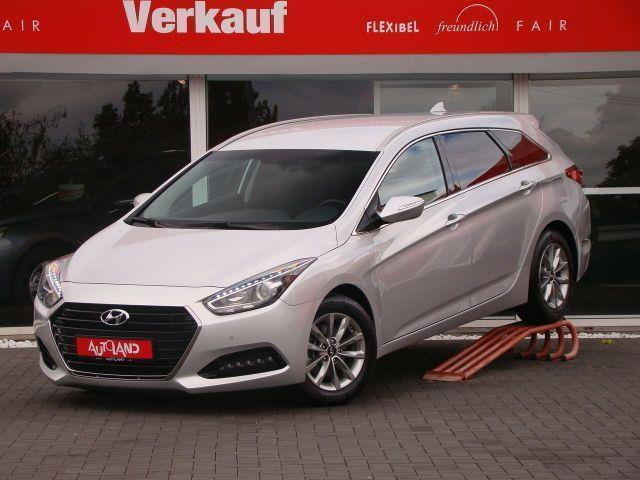 verkauft hyundai i40 kombi facelift 1 gebraucht 2015 km in g ppingen. Black Bedroom Furniture Sets. Home Design Ideas