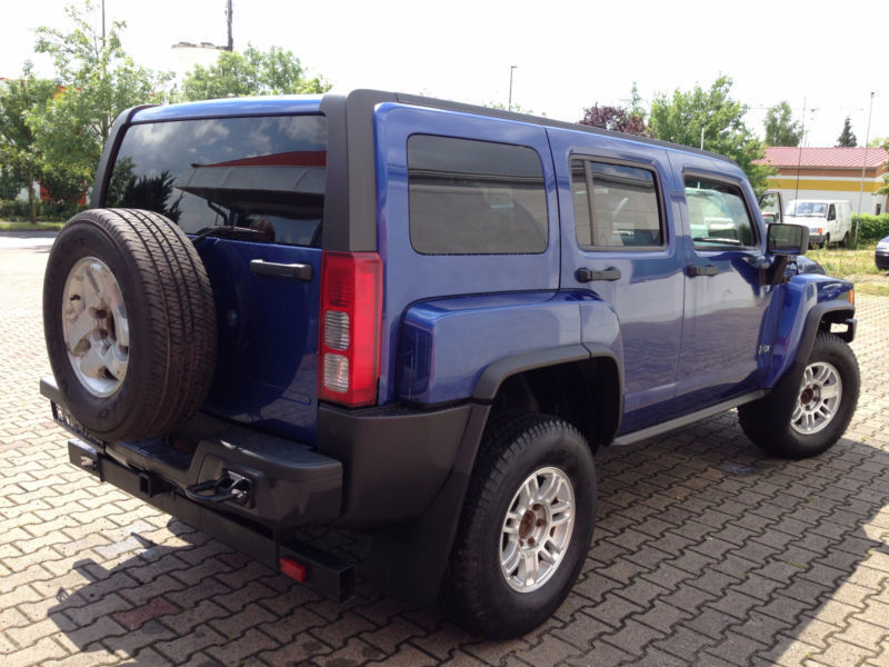 verkauft hummer h3 3 7l 4x4 automatik gebraucht 2009 km in w rzburg. Black Bedroom Furniture Sets. Home Design Ideas