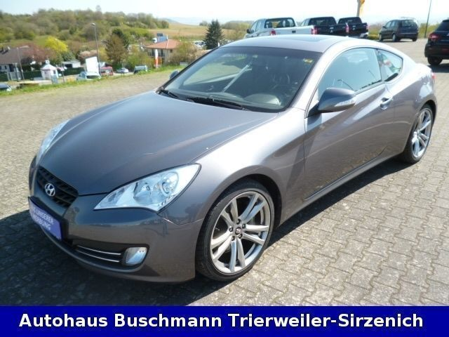 verkauft hyundai genesis 3 8 v6 automa gebraucht 2011 km in trierweiler. Black Bedroom Furniture Sets. Home Design Ideas