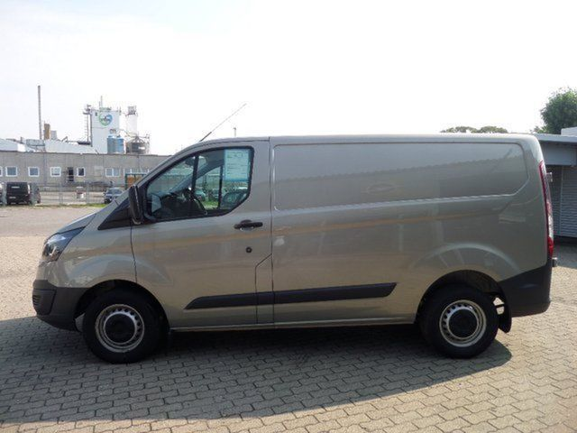 verkauft ford transit custom 270 l1 gebraucht 2013 350 km in. Black Bedroom Furniture Sets. Home Design Ideas