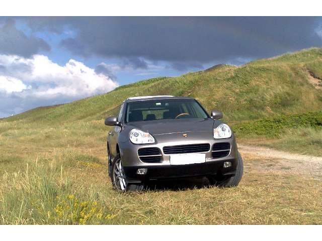 verkauft porsche cayenne gebraucht 2004 km in halle. Black Bedroom Furniture Sets. Home Design Ideas