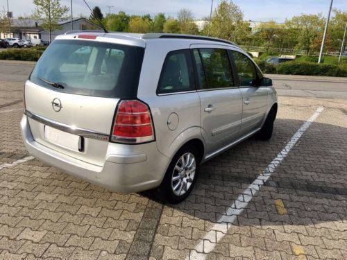 verkauft opel zafira gebraucht 2006 km in. Black Bedroom Furniture Sets. Home Design Ideas