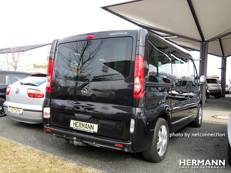 verkauft opel vivaro life cosmo 2 5 cd gebraucht 2009 km in pleitersheim. Black Bedroom Furniture Sets. Home Design Ideas