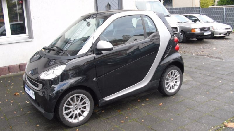 verkauft smart fortwo coup 62kw turb gebraucht 2010 km in moers. Black Bedroom Furniture Sets. Home Design Ideas