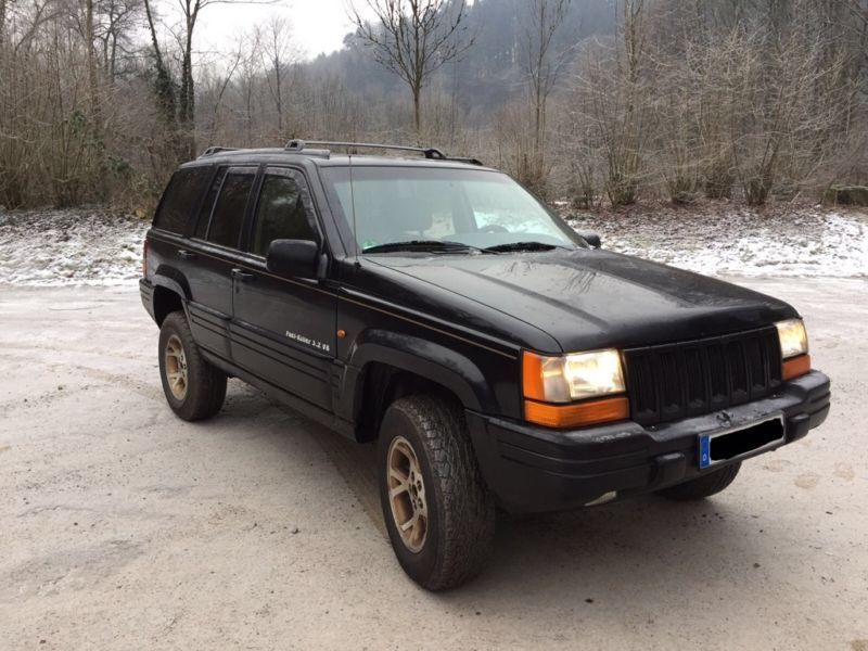 verkauft jeep grand cherokee zj 5 2 v8 gebraucht 1995 km in magdeburg. Black Bedroom Furniture Sets. Home Design Ideas
