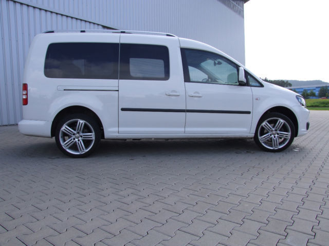 verkauft vw caddy maxi highline ahk gebraucht 2012 km in spalt. Black Bedroom Furniture Sets. Home Design Ideas