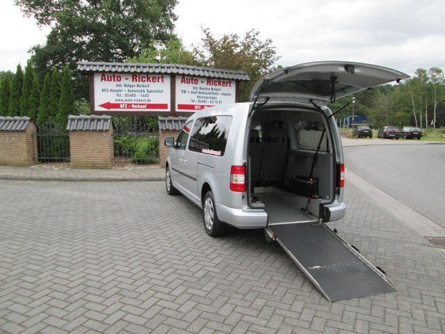 verkauft vw caddy maxi rollstuhlrampe gebraucht 2009 km in ladbergen. Black Bedroom Furniture Sets. Home Design Ideas