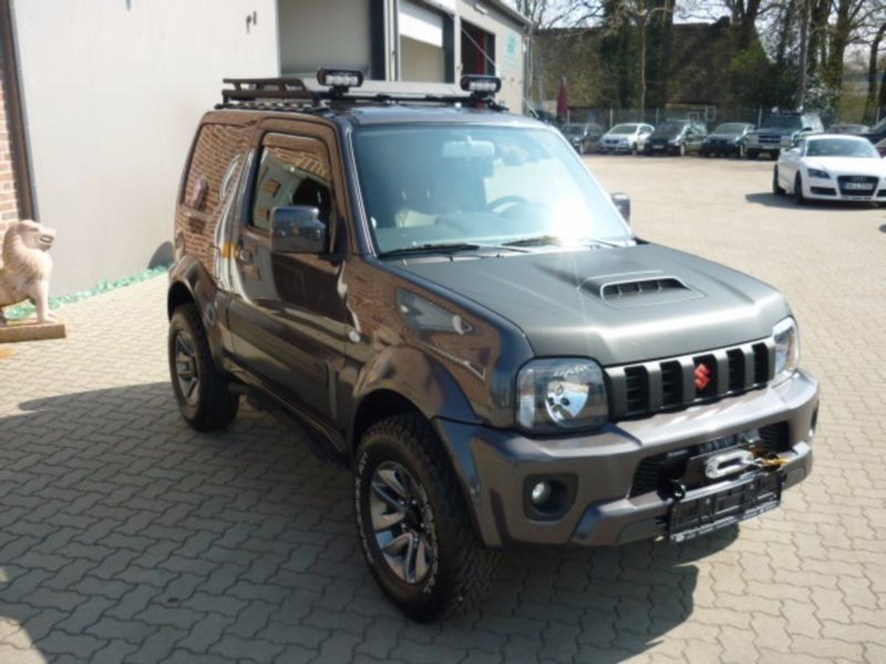 gebraucht club ranger suzuki jimny 2015 km 50 in kiel autouncle. Black Bedroom Furniture Sets. Home Design Ideas