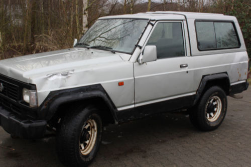 gebraucht 2 8 turbo d gr 4x4 cross lkw seilwinde nissan patrol 1992 km in tessin. Black Bedroom Furniture Sets. Home Design Ideas