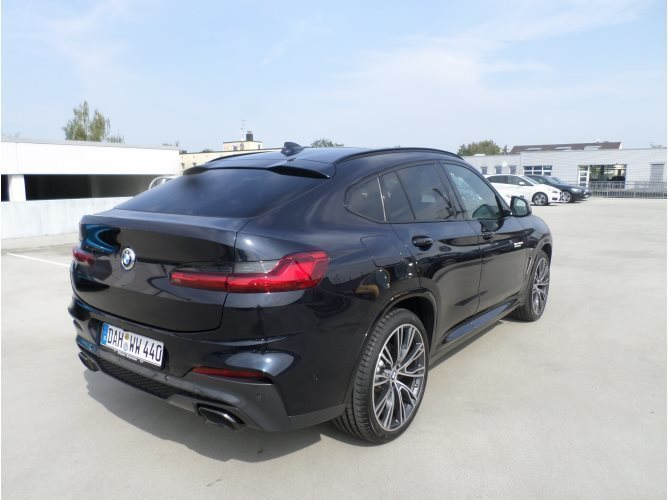 verkauft bmw x4 m40d gebraucht 2018 km in dachau. Black Bedroom Furniture Sets. Home Design Ideas