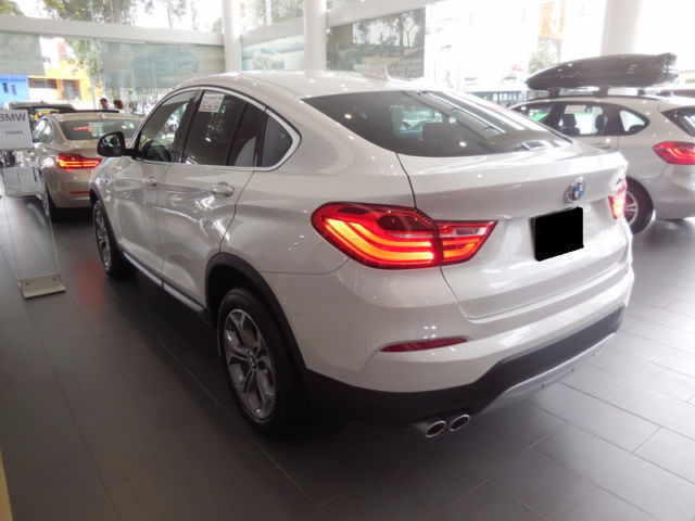 verkauft bmw x4 xdrive28i aut xline t gebraucht 2016 50 km in hallbergmoos. Black Bedroom Furniture Sets. Home Design Ideas