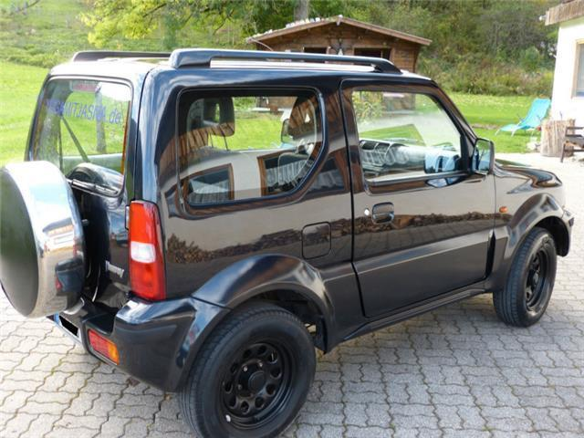 verkauft suzuki jimny classic gebraucht 2004 km in hamburg. Black Bedroom Furniture Sets. Home Design Ideas