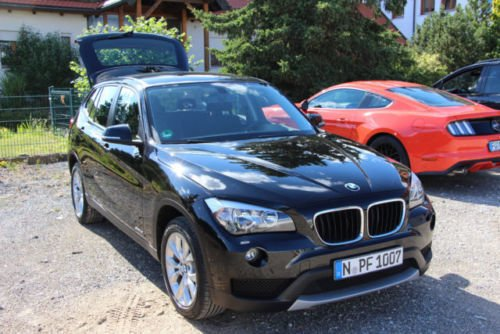 verkauft bmw x1 sdrive18i m lenkrad gebraucht 2013 km in n rnberg. Black Bedroom Furniture Sets. Home Design Ideas