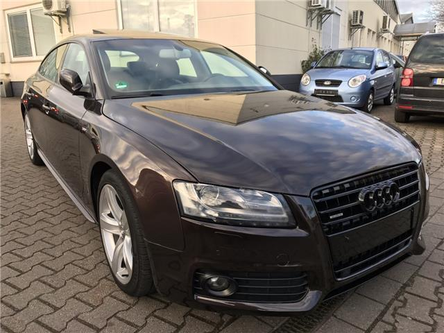 verkauft audi a5 s line plus quattro n gebraucht 2011 km in essen. Black Bedroom Furniture Sets. Home Design Ideas