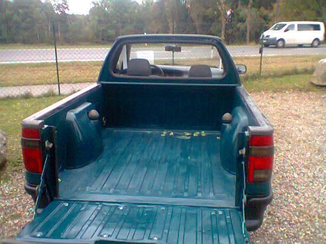 verkauft vw caddy pickup lkw diesel pr gebraucht 2000 km in l chow. Black Bedroom Furniture Sets. Home Design Ideas