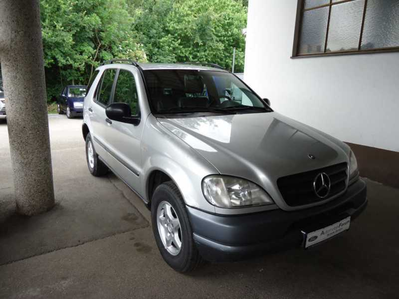 verkauft mercedes ml230 gebraucht 1999 km in. Black Bedroom Furniture Sets. Home Design Ideas