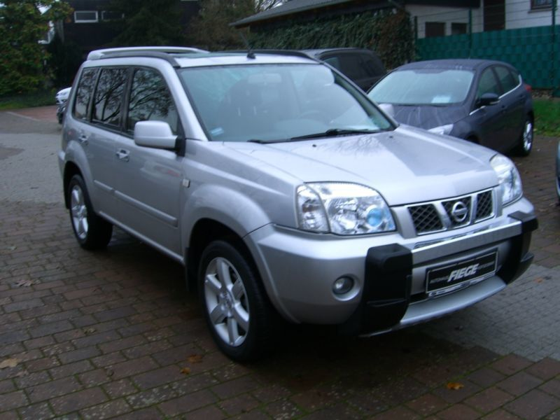 verkauft nissan x trail 2 2 dci 4x4 dpf gebraucht 2006 km in landshut. Black Bedroom Furniture Sets. Home Design Ideas