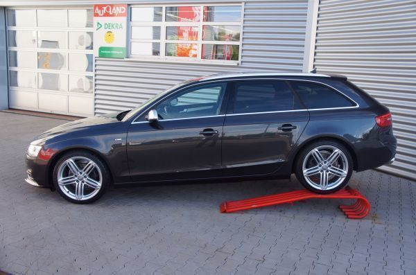 verkauft audi a4 avant 1 8 tfsi s line gebraucht 2012 km in besigheim ottm. Black Bedroom Furniture Sets. Home Design Ideas