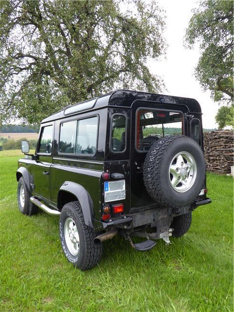verkauft land rover defender 90 td5 gebraucht 1999 166. Black Bedroom Furniture Sets. Home Design Ideas