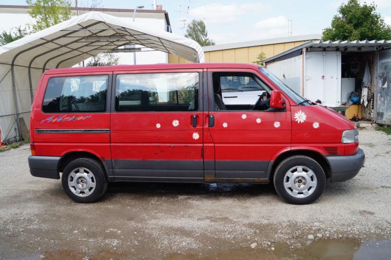 verkauft vw multivan t4 busklimaautoma gebraucht 1996 km in m nchen. Black Bedroom Furniture Sets. Home Design Ideas