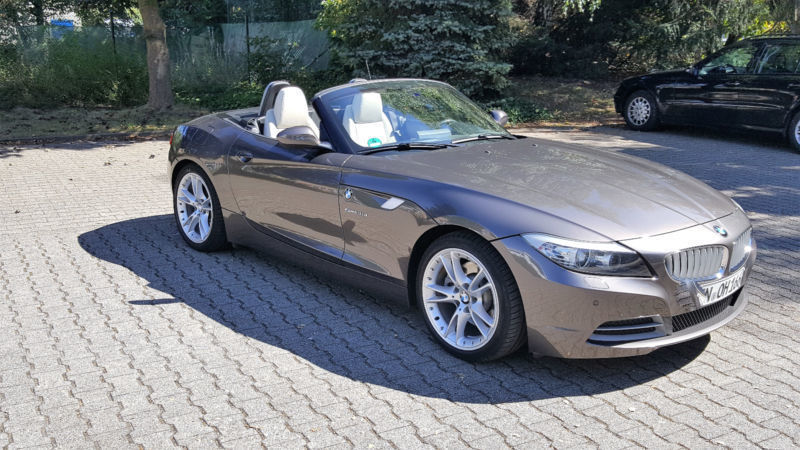 verkauft bmw z4 sdrive35i aut gebraucht 2009 km in rehburg. Black Bedroom Furniture Sets. Home Design Ideas