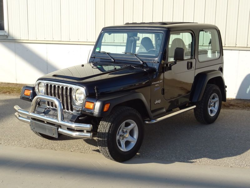 verkauft jeep wrangler 4 0 sport winde gebraucht 1998 km in tawern. Black Bedroom Furniture Sets. Home Design Ideas