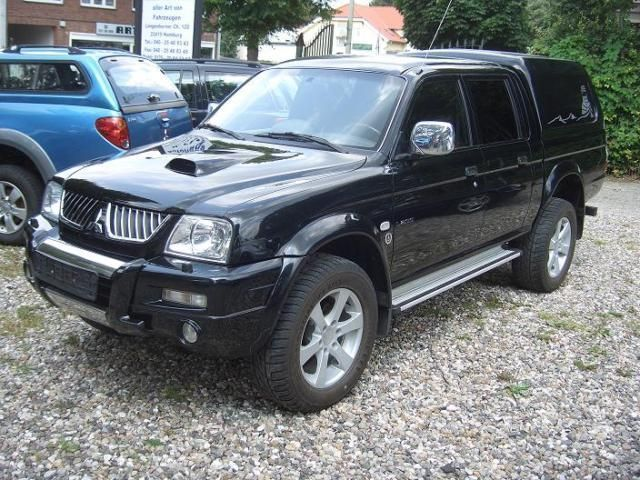verkauft mitsubishi l200 pick up 4x4 gebraucht 2005 km in hamburg. Black Bedroom Furniture Sets. Home Design Ideas