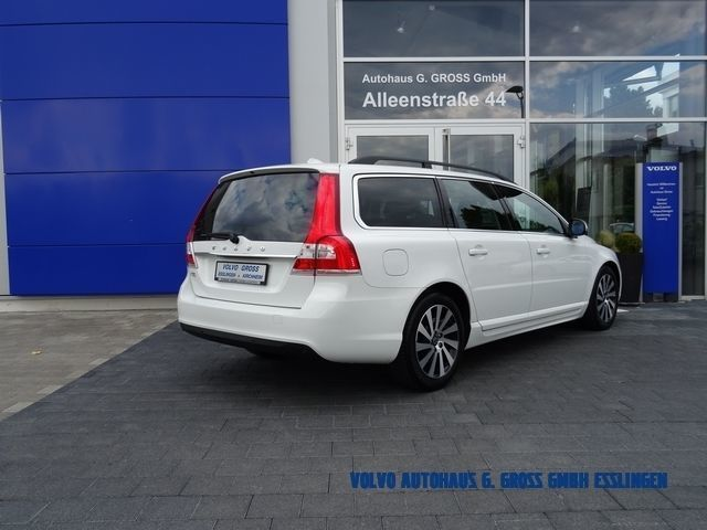 gebraucht d3 edition pro volvo v70 2013 km in h rth. Black Bedroom Furniture Sets. Home Design Ideas